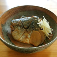 桜井花筵堂ごまみそつゆで鯖のごま味噌煮